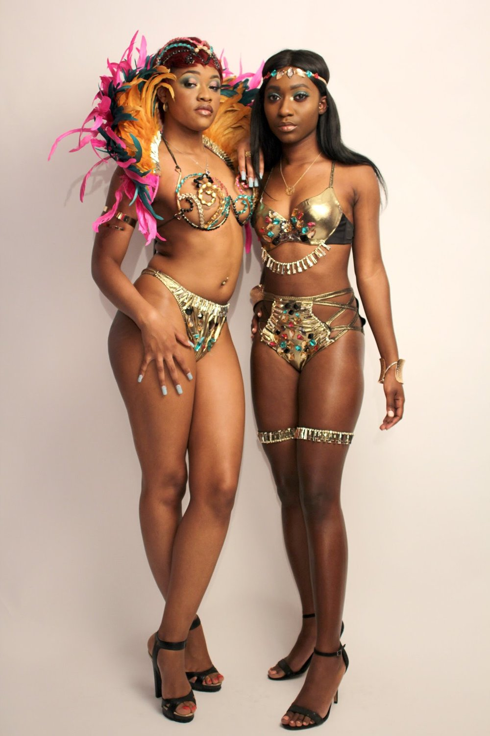 WIRE BRAS OPTION AND BACKLINE TIARA OPTION.jpg