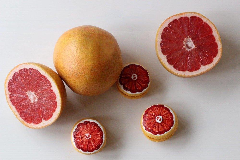 Hand-Painted Grapefruit Macarons, ©2017 Crème Macarons
