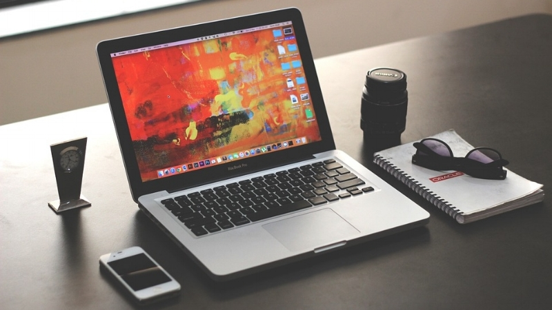 laptop-1035345_960_720.jpg
