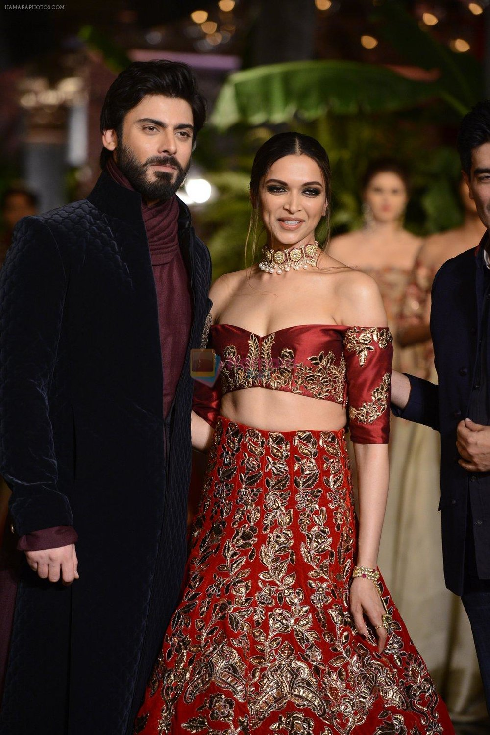 Fawad-Khan-Deepika-Padukone-during-the-FDCI-India-Couture-Week-2016-at-the-Taj-Palace-on-July-21-2016-2.jpg