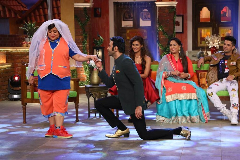 Sandip-Soparrkar-Geeta-Kapoor-Mudassar-Khan-and-Mukti-Mohan-in-Comedy-Night-Live-4.jpg