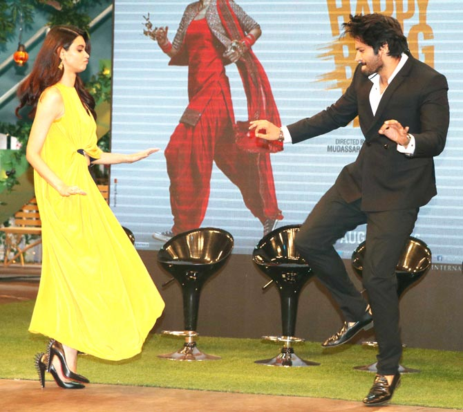 diana-penty-and-ali-fazal-2.jpg