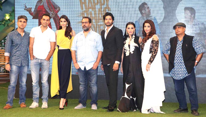happy-bhag-jayegi-team.jpg