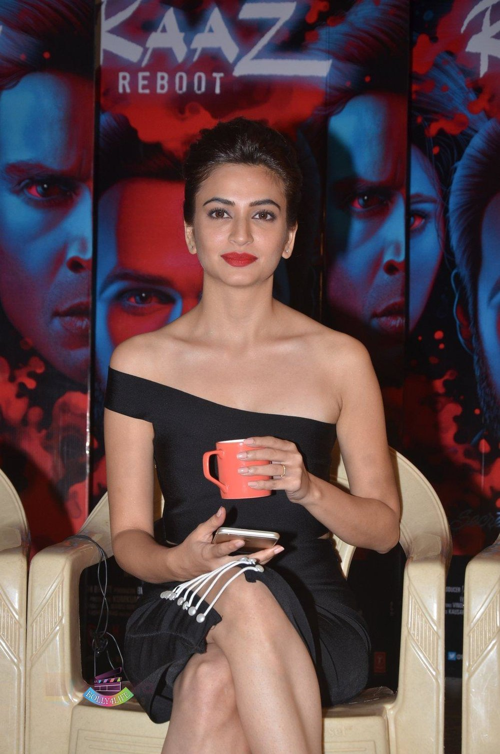 Kriti-Kharbanda-at-Media-meet-of-Raaz-Reboot-in-Mehboob-Studio-on-8th-Sept-2016-84.jpg