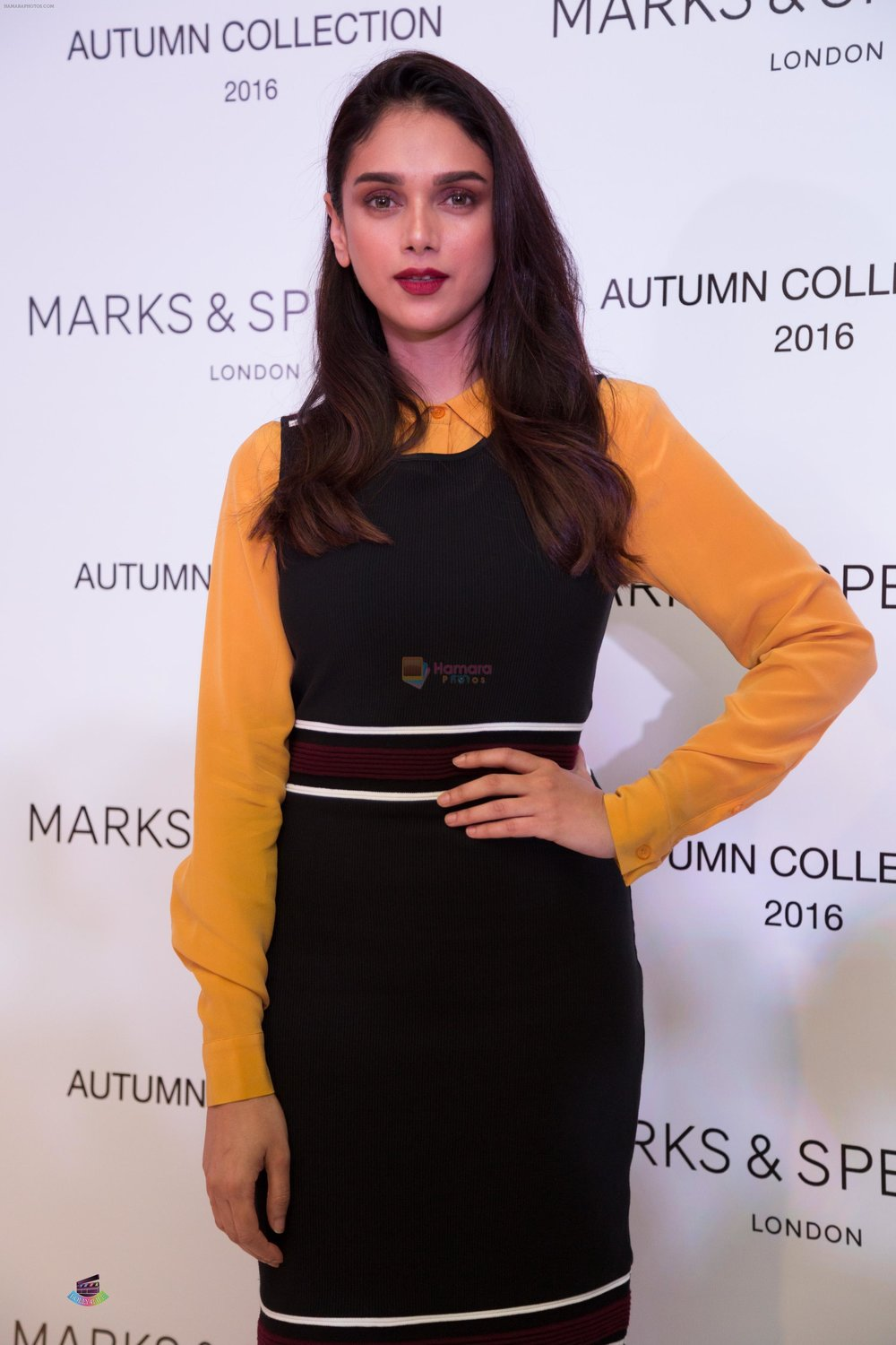 Aditi-Rao-Hydari-at-at-the-Autumn-16-Launch-at-DLF-Mall-of-India-4.jpg