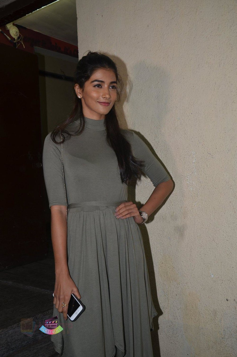 Pooja-Hegde-at-Baar-Baar-Dekho-Screening-on-8th-Sept-2016-56.jpg