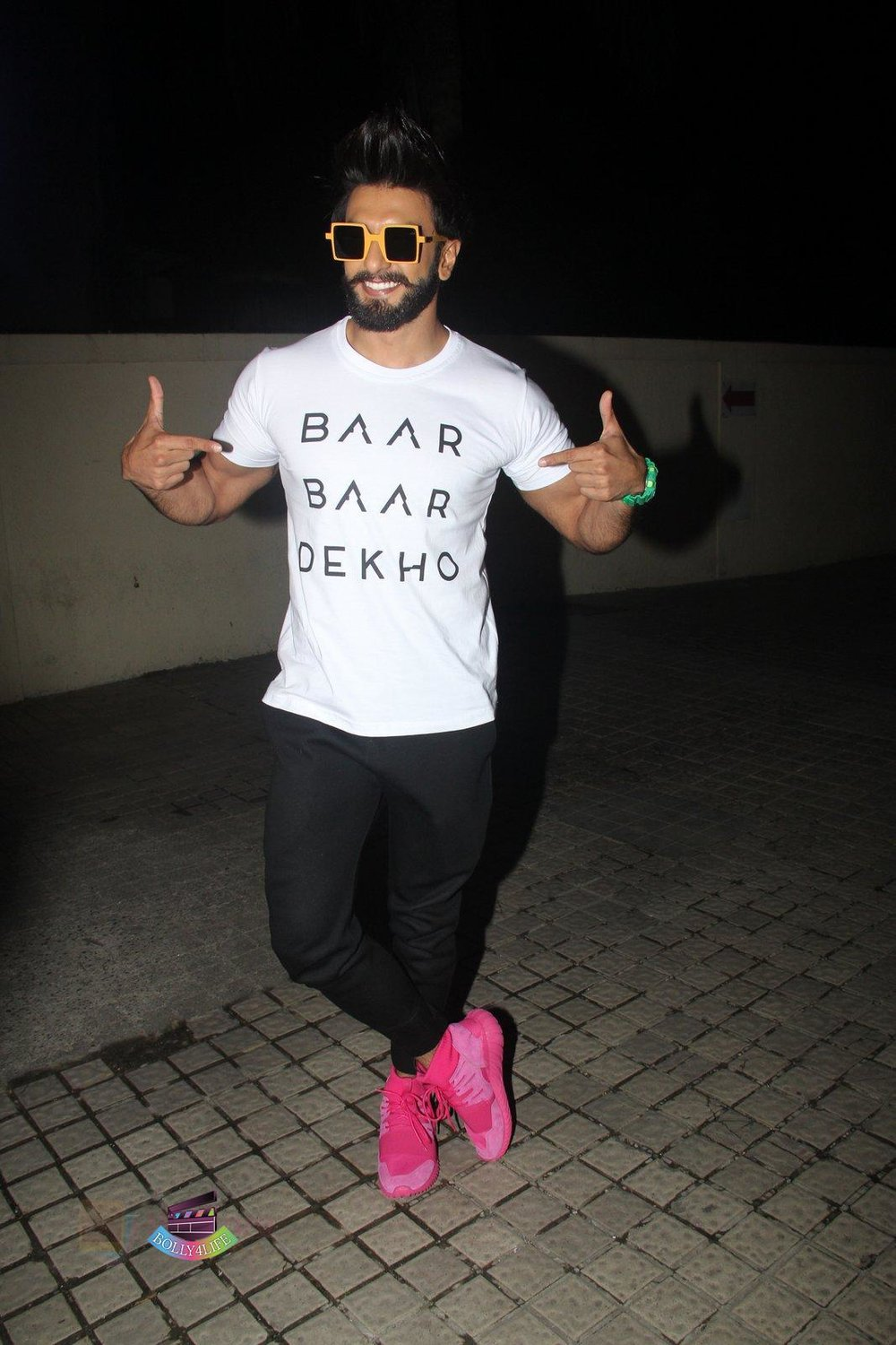 Ranveer-Singh-at-Baar-Baar-Dekho-Screening-on-8th-Sept-2016-245.jpg