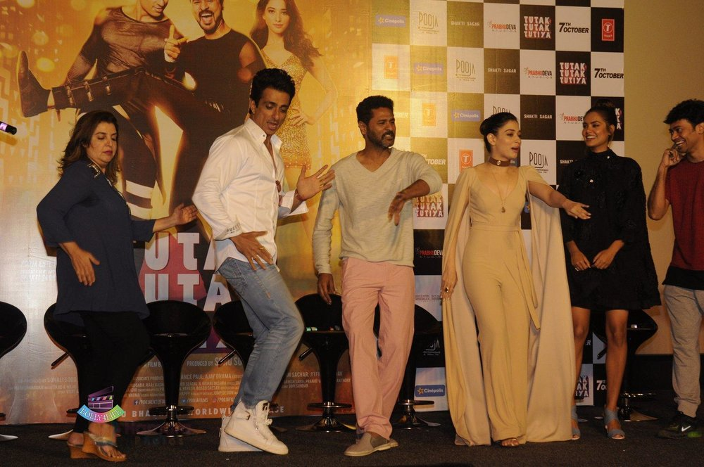 Sonu-Sood-Farah-KhanTamannaah-Bhatia-Esha-Gupta-Prabhu-Deva-launch-Tutak-Tutak-Tutiya-in-Mumbai-on-8th-Sept-2016-24.jpg