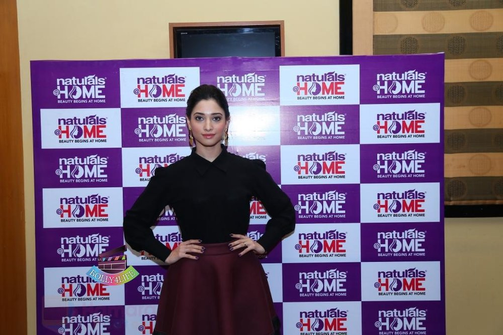 Tamannaah-Bhatia-Launches-Naturals-at-Home-on-23rd-Aug-2016-79.jpg