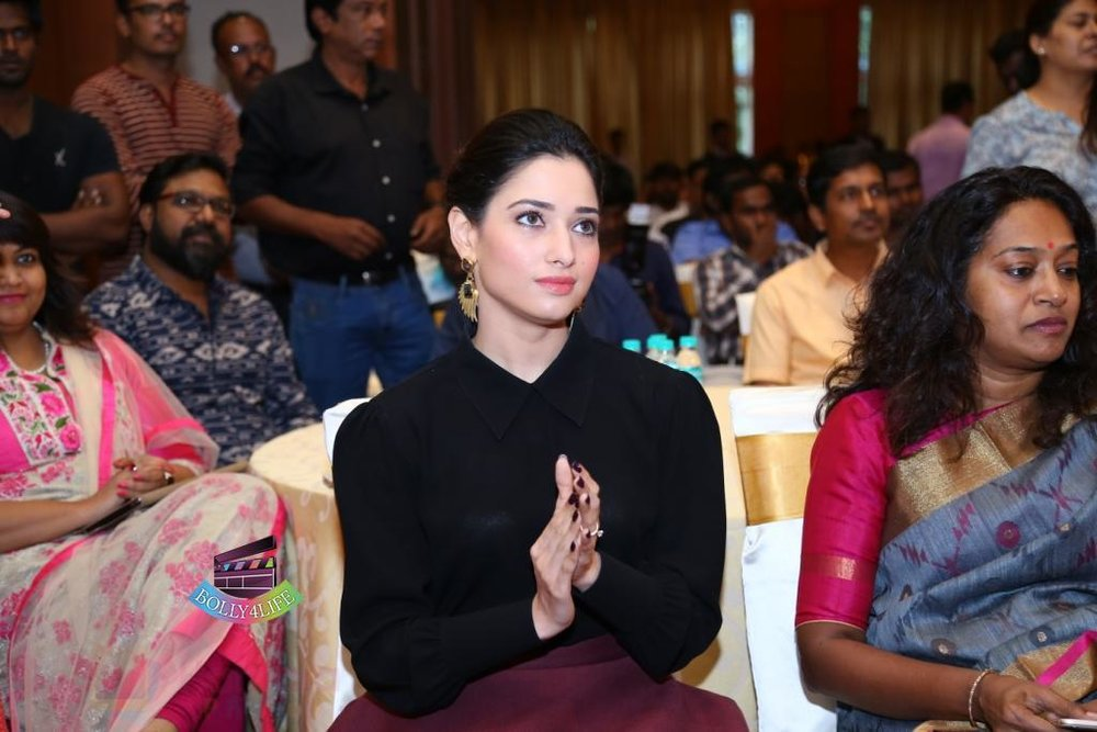 Tamannaah-Bhatia-Launches-Naturals-at-Home-on-23rd-Aug-2016-87.jpg