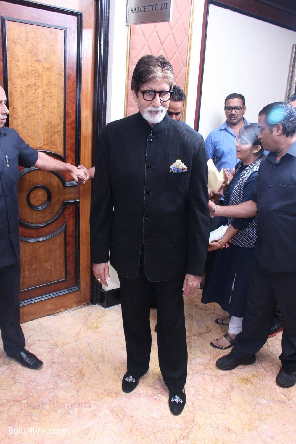 Amitabh-Bachchan-at-the-launch-of-Global-Citizen-India-on-11th-Sept-2016-16.jpg