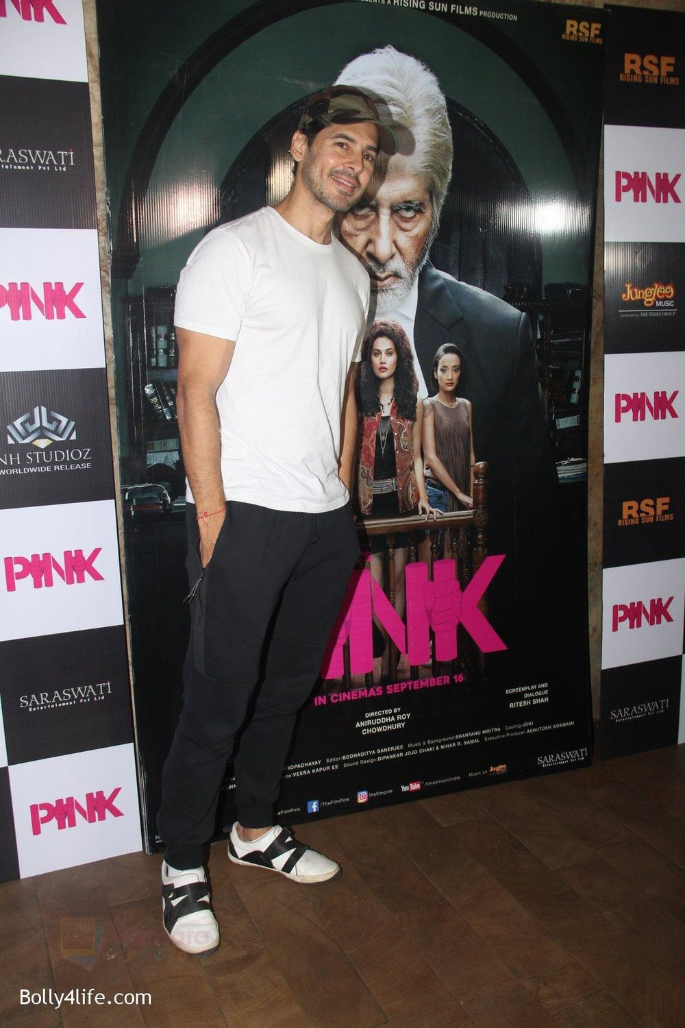 Dino-Morea-at-Pink-Screening-in-Lightbox-on-12th-Sept-2016-44.jpg