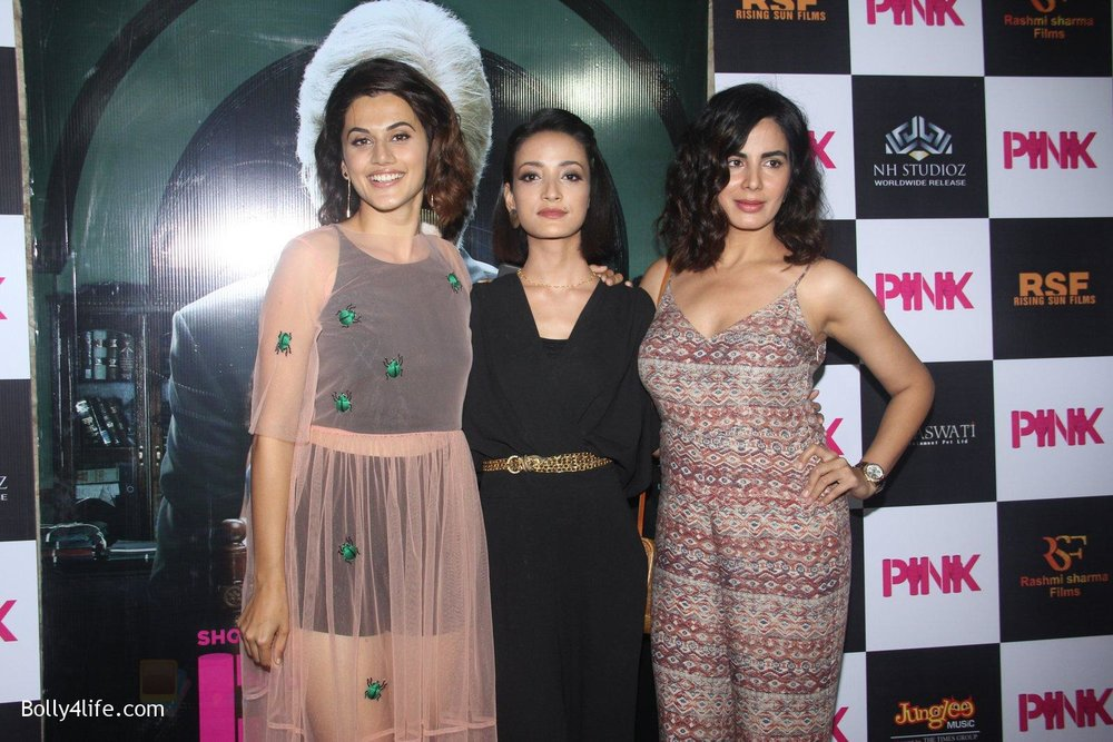 Kirti-Kulhari-Taapsee-Pannu-Andrea-Tariang-at-Pink-Screening-in-Lightbox-on-12th-Sept-2016-79.jpg