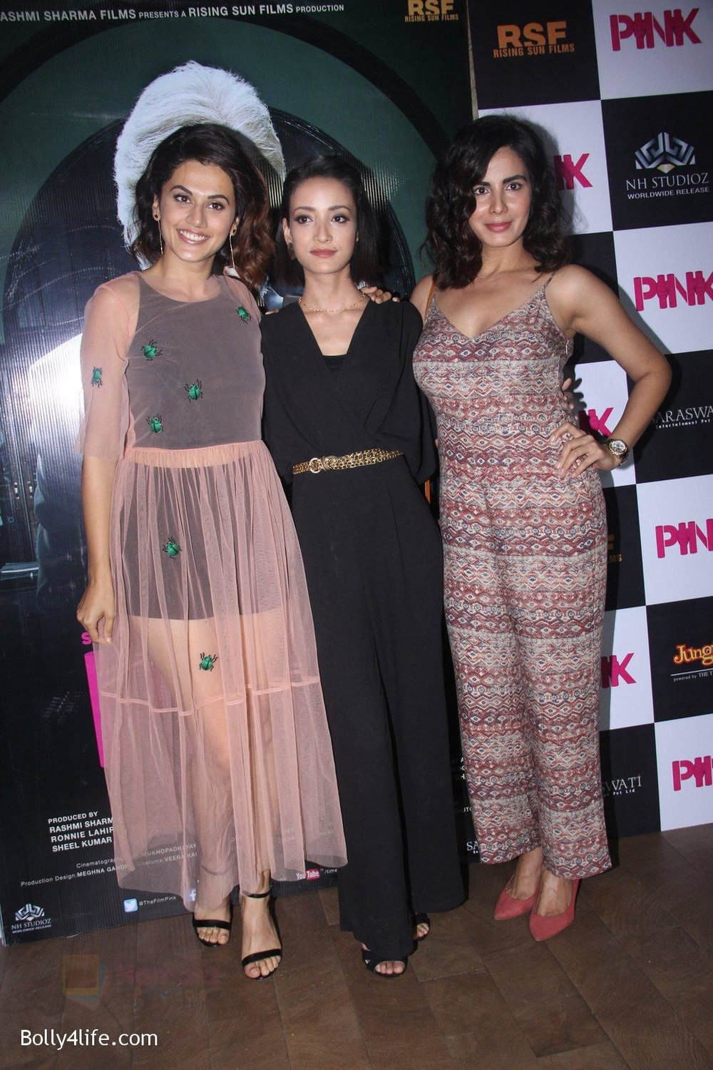 Kirti-Kulhari-Taapsee-Pannu-Andrea-Tariang-at-Pink-Screening-in-Lightbox-on-12th-Sept-2016-80.jpg