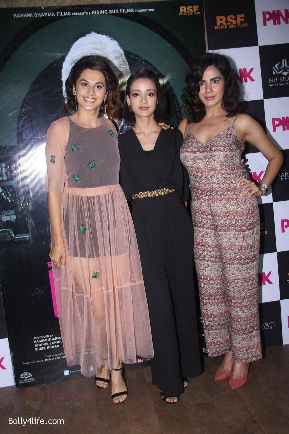 Kirti-Kulhari-Taapsee-Pannu-Andrea-Tariang-at-Pink-Screening-in-Lightbox-on-12th-Sept-2016-81.jpg