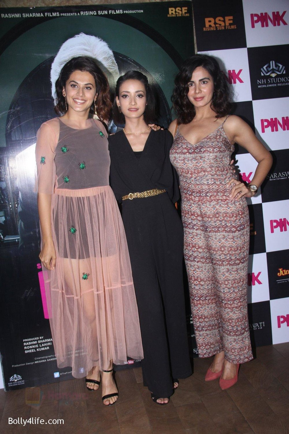 Kirti-Kulhari-Taapsee-Pannu-Andrea-Tariang-at-Pink-Screening-in-Lightbox-on-12th-Sept-2016-.jpg