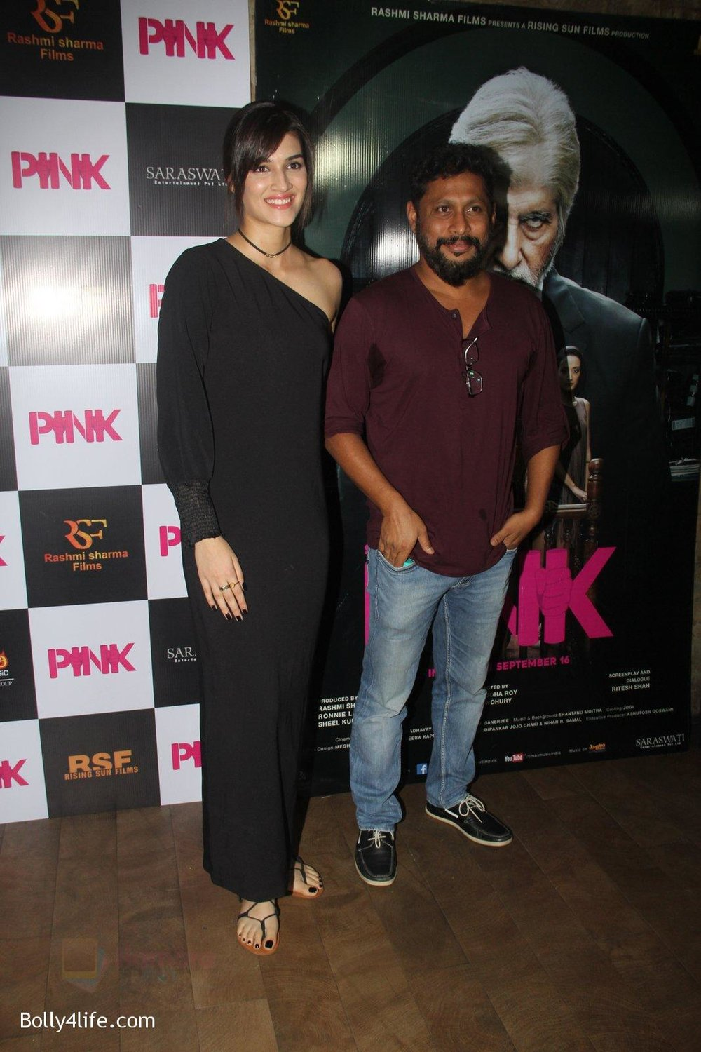 Kriti-Sanon-at-Pink-Screening-in-Lightbox-on-12th-Sept-2016-95.jpg