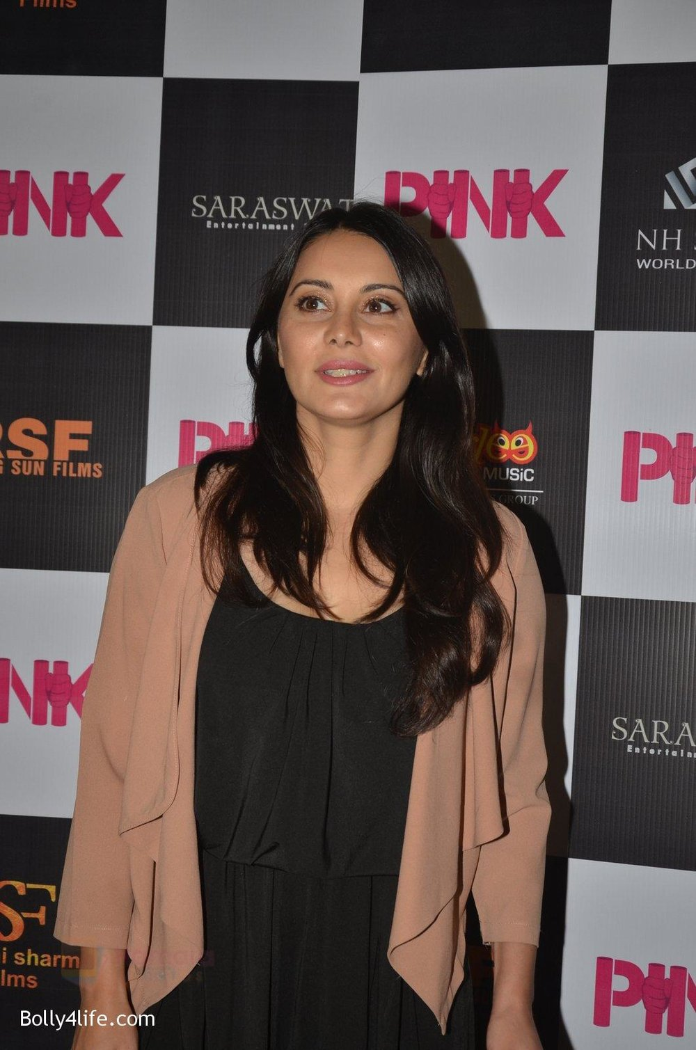 Minissha-Lamba-at-Pink-Screening-in-Sunny-Super-Sound-on-12th-Sept-2016-47.jpg