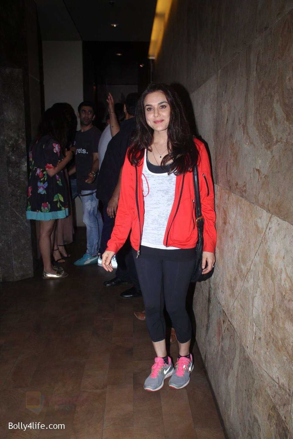 Preity-Zinta-at-Pink-Screening-in-Lightbox-on-12th-Sept-2016-117.jpg