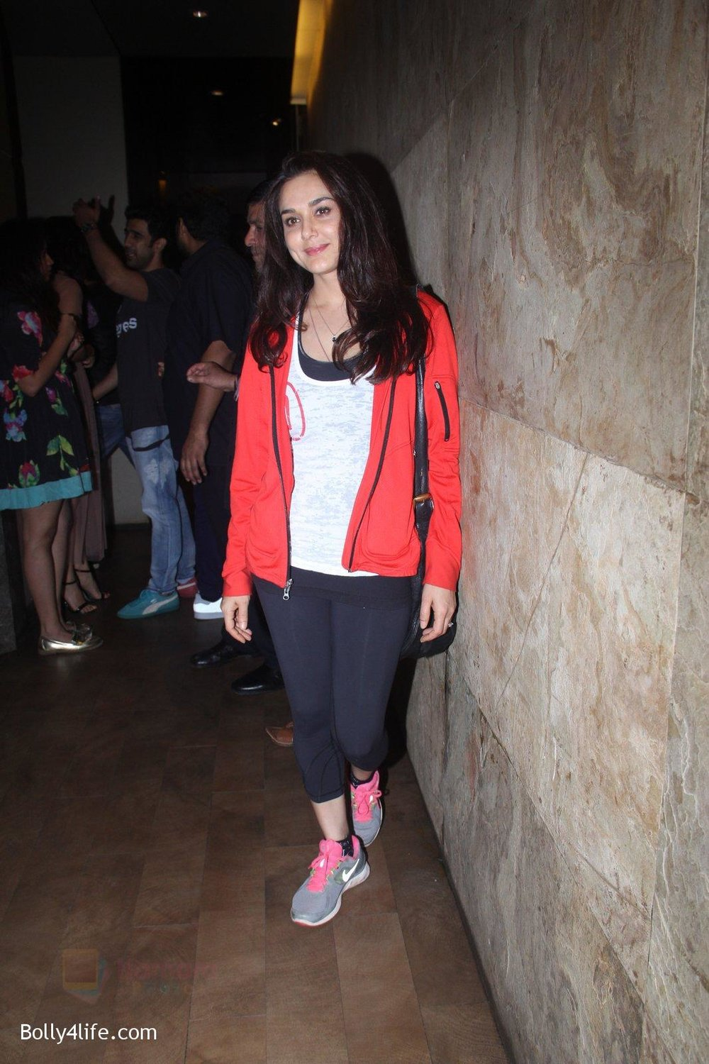 Preity-Zinta-at-Pink-Screening-in-Lightbox-on-12th-Sept-2016-120.jpg