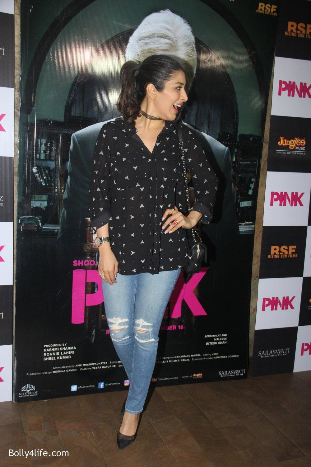 Sophie-Chaudhary-at-Pink-Screening-in-Lightbox-on-12th-Sept-2016-74.jpg