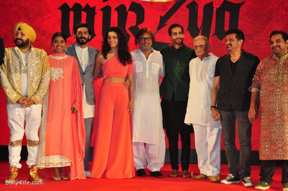 Harshvardhan-Kapoor-Saiyami-Kher-Rakeysh-Omprakash-Mehra-at-the-Audio-release-of-Mirzya-on-13th-Sept-2016-22.jpg