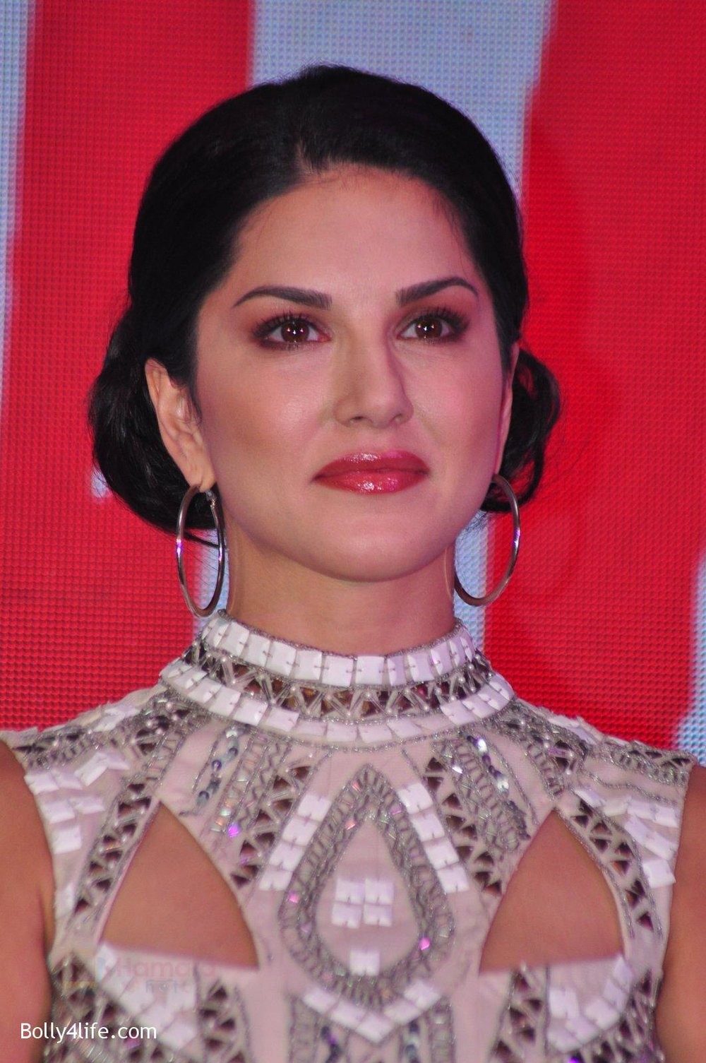 Sunny-Leone-at-the-Audio-release-of-Beiimaan-Love-on-14th-Sept-2016-259.jpg