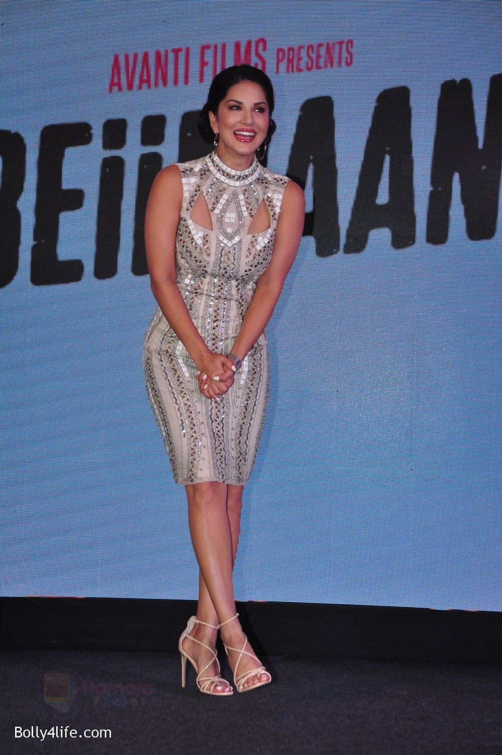 Sunny-Leone-at-the-Audio-release-of-Beiimaan-Love-on-14th-Sept-2016-327.jpg