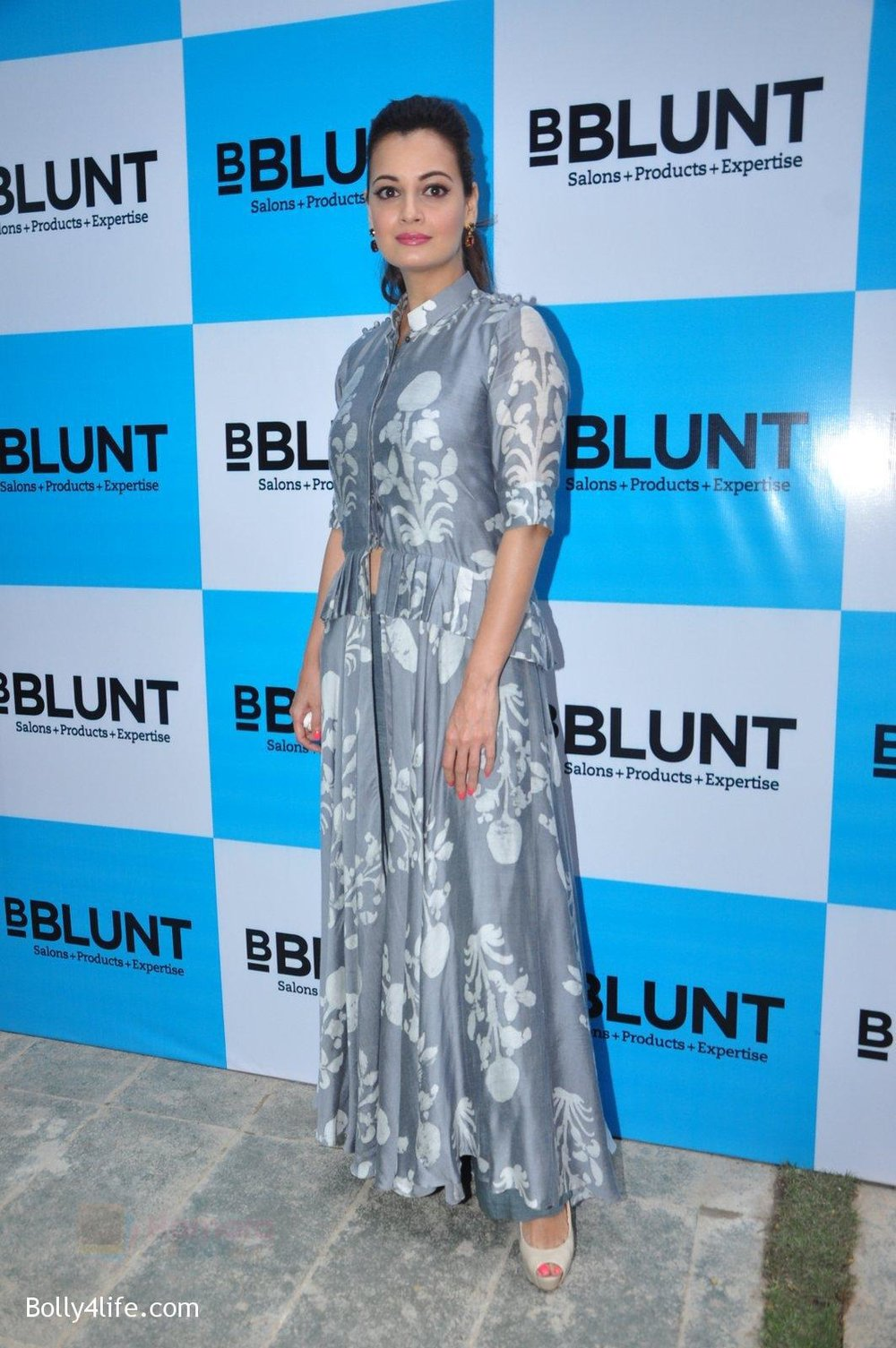 Dia-Mirza-launches-Bblunt-in-Malad-on-14th-Sept-2016-21.jpg