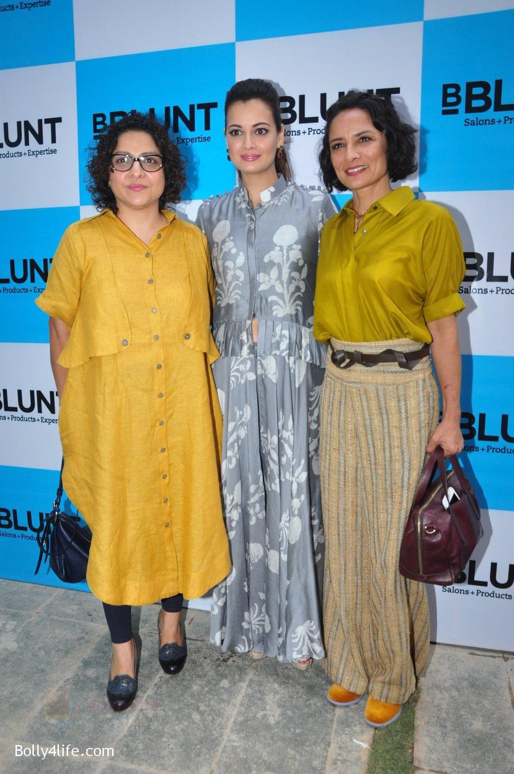 Dia-Mirza-Adhuna-Akhtar-launches-Bblunt-in-Malad-on-14th-Sept-2016-50.jpg