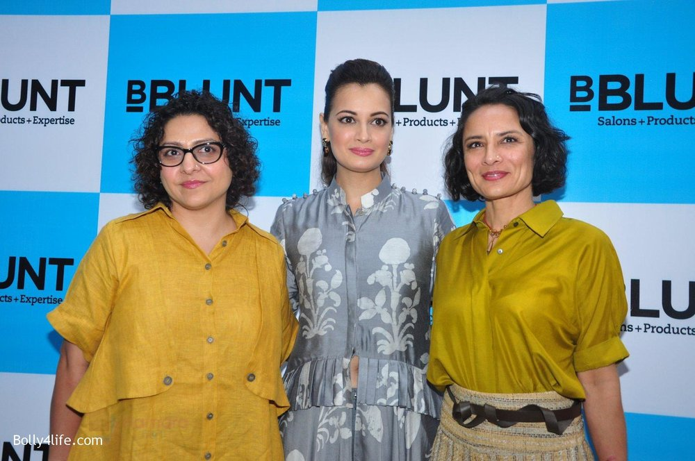 Dia-Mirza-Adhuna-Akhtar-launches-Bblunt-in-Malad-on-14th-Sept-2016-52.jpg