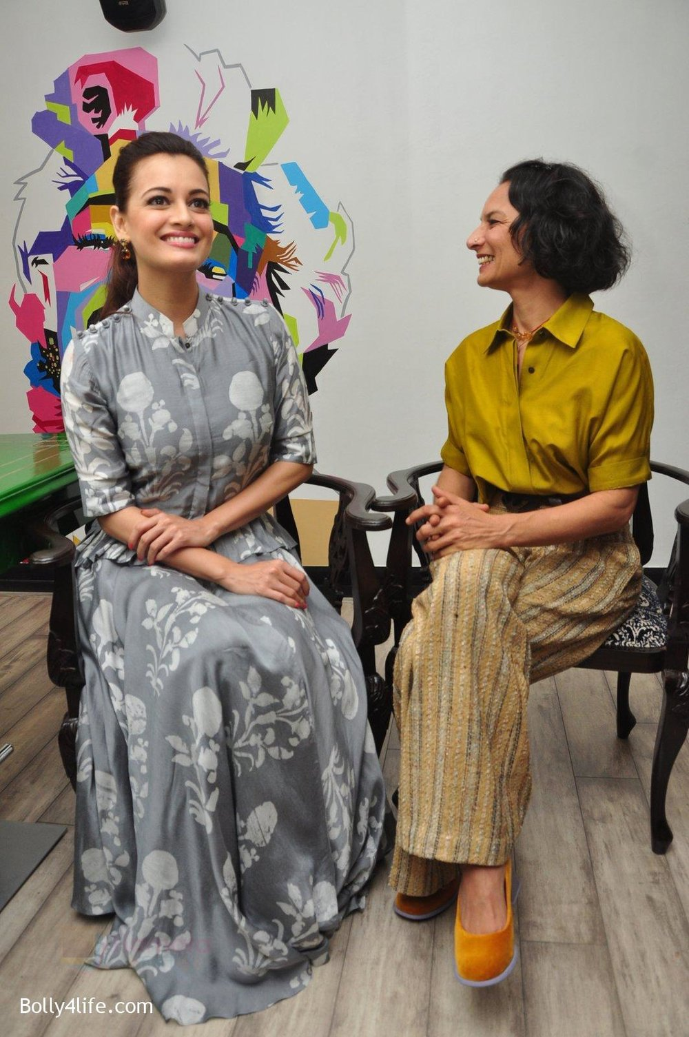 Dia-Mirza-Adhuna-Akhtar-launches-Bblunt-in-Malad-on-14th-Sept-2016-56.jpg