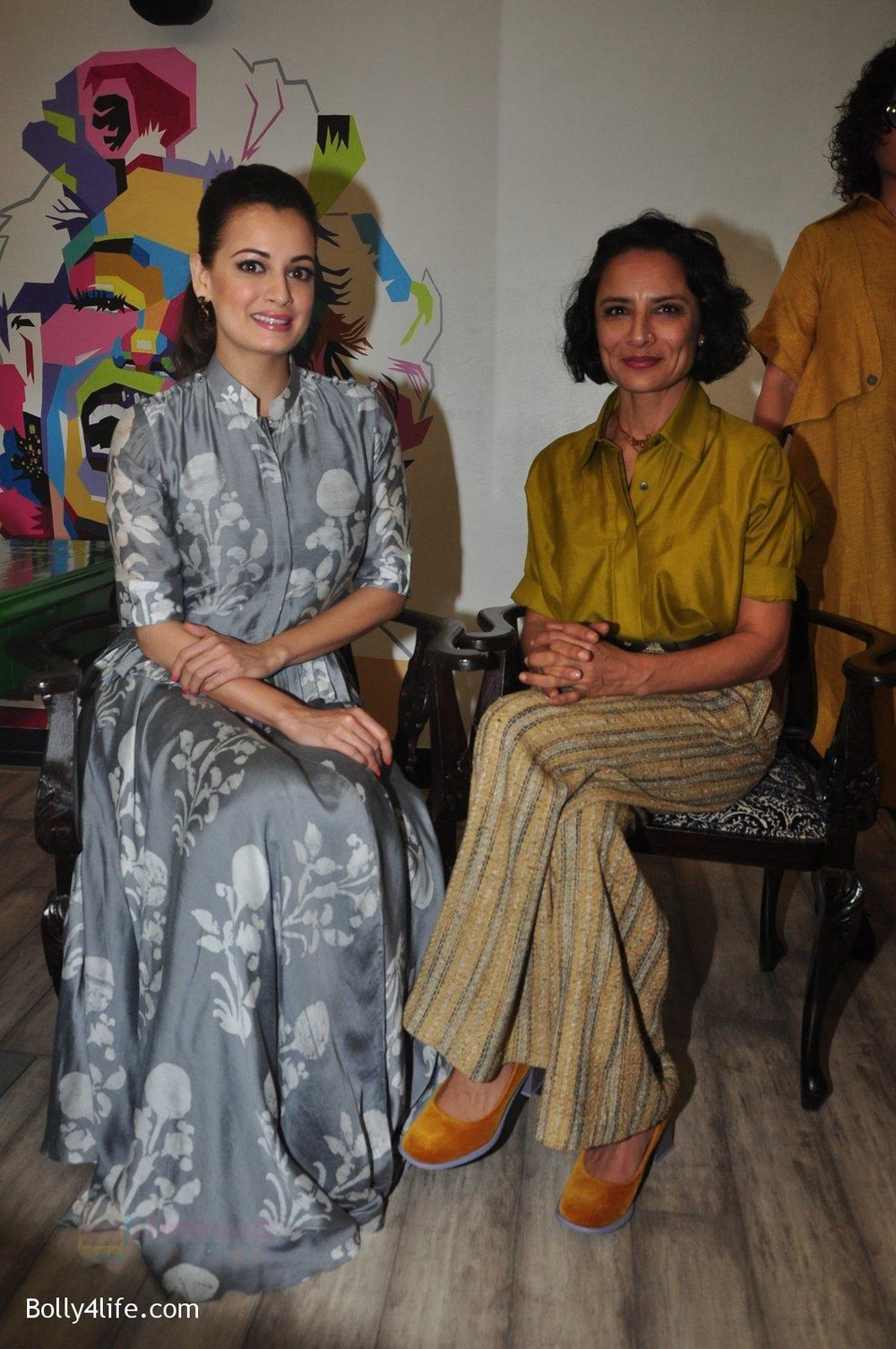 Dia-Mirza-Adhuna-Akhtar-launches-Bblunt-in-Malad-on-14th-Sept-2016-63.jpg