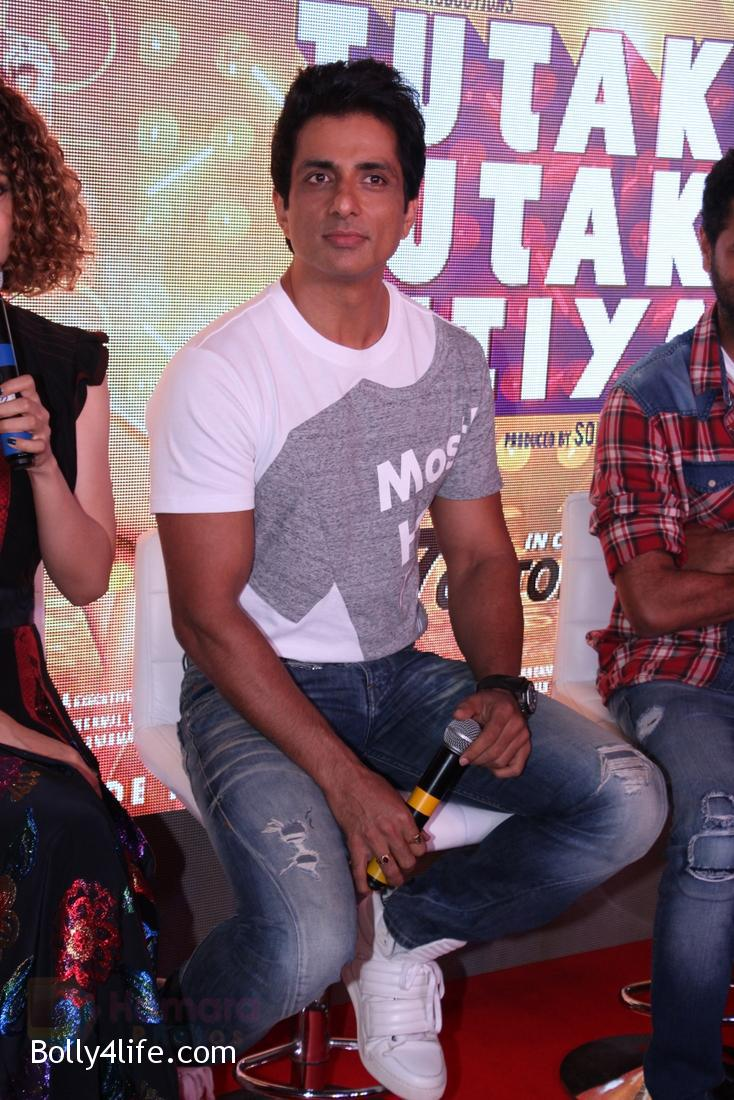 Sonu-Sood-at-Tutak-Tutak-Tutiya-Song-launch-on-19th-Sept-2016-36.jpg