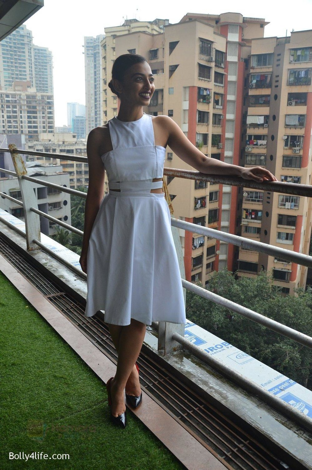 Radhika-Apte-at-Parched-Photoshoot-on-17th-Sept-2016-12.jpg