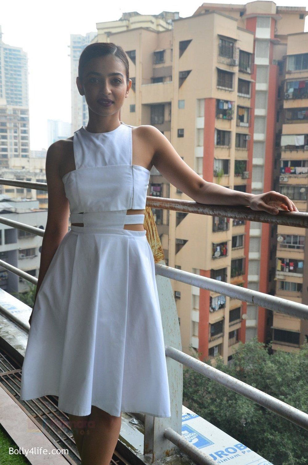 Radhika-Apte-at-Parched-Photoshoot-on-17th-Sept-2016-14.jpg