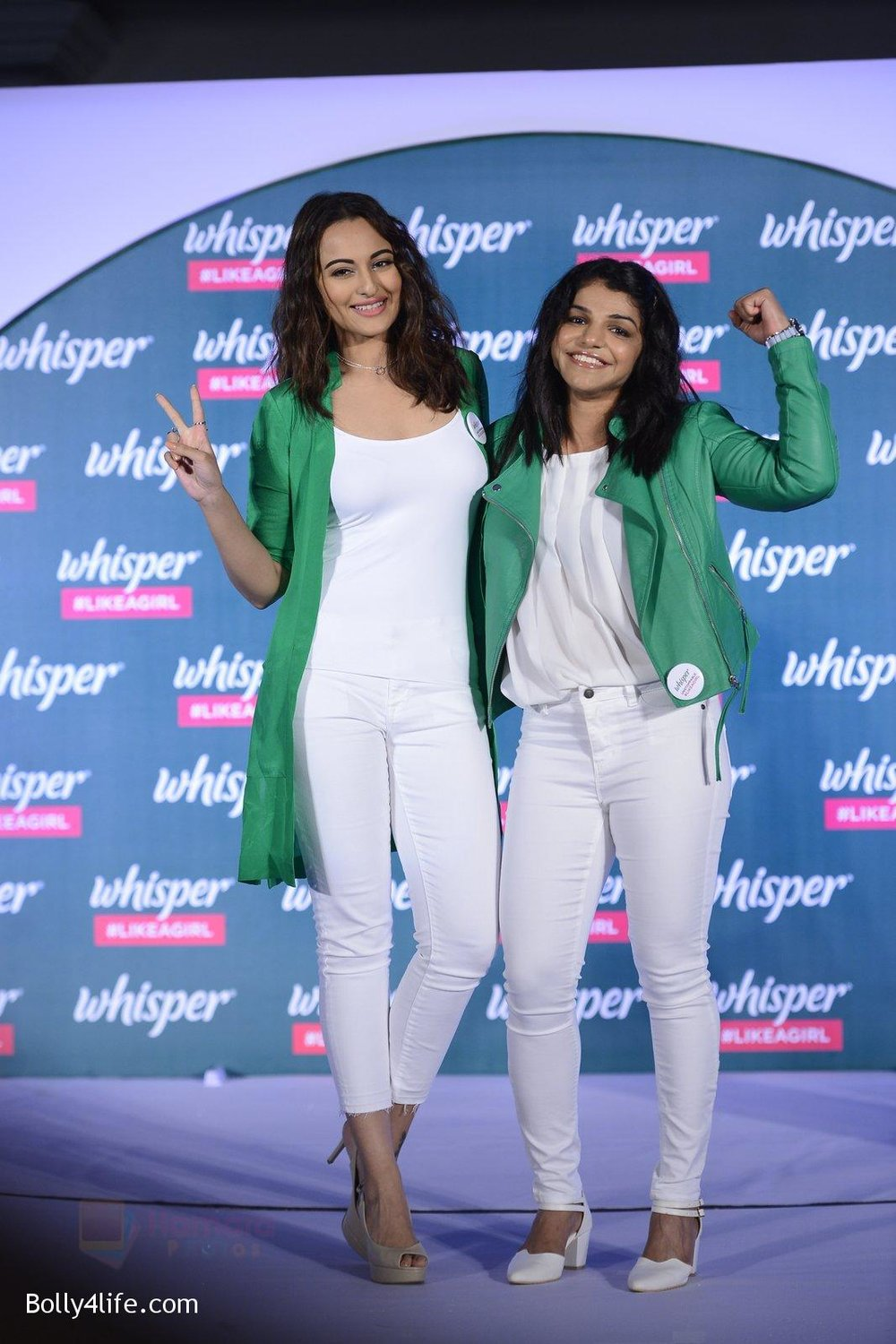 Sonakshi-Sinha-and-Sakshi-Malik-at-Whisper-new-campaign-launch-on-20th-Sept-2016-60.jpg