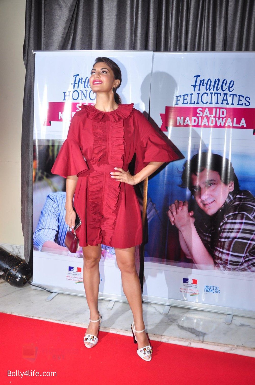 Jacqueline-Fernandez-at-the-launch-of-Sajid-Nadiadwala_s-france-honours-on-20th-Sept-2016-109.jpg