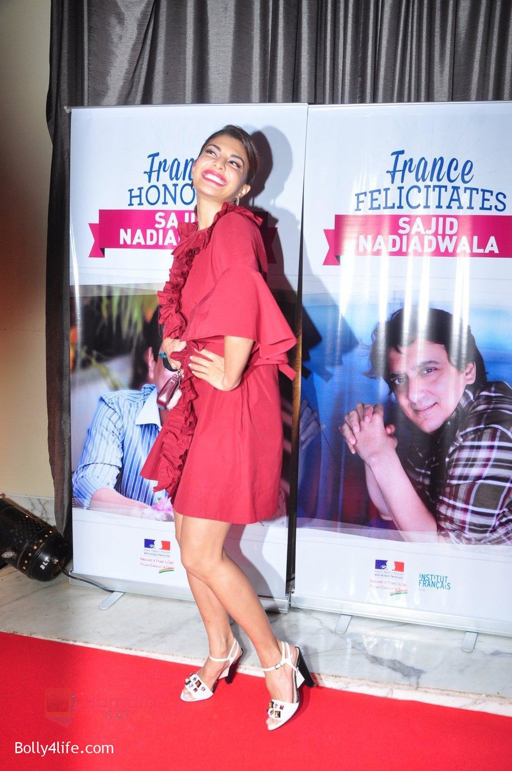 Jacqueline-Fernandez-at-the-launch-of-Sajid-Nadiadwala_s-france-honours-on-20th-Sept-2016-110.jpg