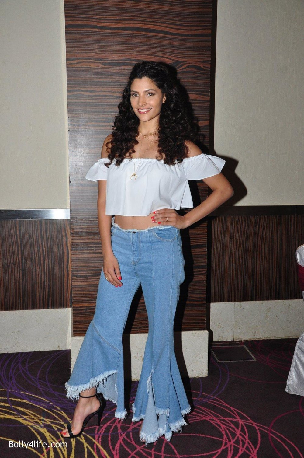 Saiyami-Kher-snapped-at-the-promotion-of-film-Mirzya-on-20th-Sept-2016-32.jpg