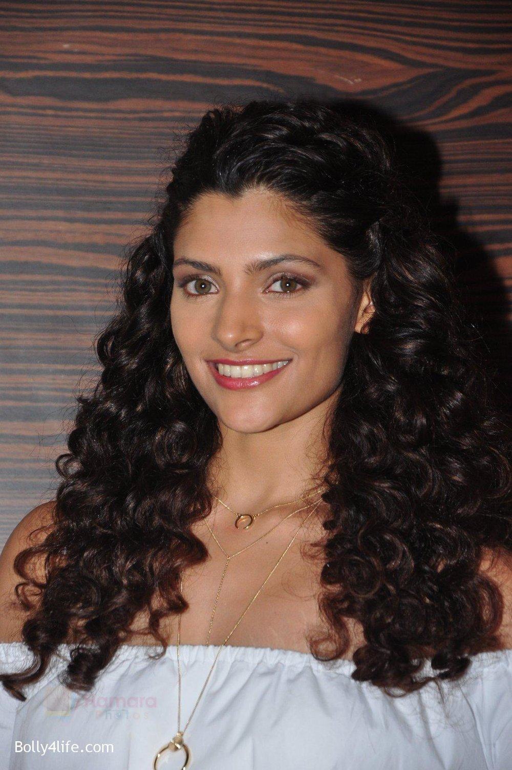 Saiyami-Kher-snapped-at-the-promotion-of-film-Mirzya-on-20th-Sept-2016-40.jpg