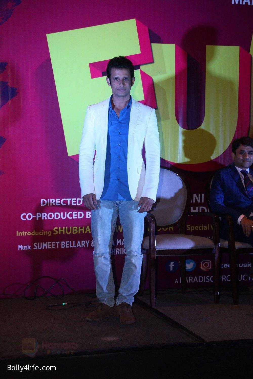 Sharman-Joshi-at-the-launch-of-film-Fuddu-song-Tu-Zaroorat-Nahi-Tu-Zaroori-Hai-on-20th-Sept-2016-70.jpg