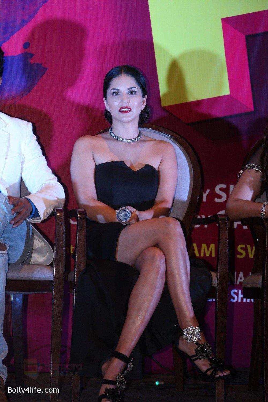 Sunny-Leone-at-the-launch-of-film-Fuddu-song-Tu-Zaroorat-Nahi-Tu-Zaroori-Hai-on-20th-Sept-2016-73.jpg