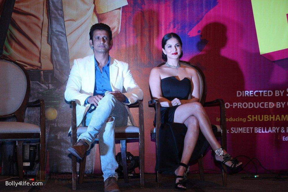 Sunny-Leone-Sharman-Joshi-at-the-launch-of-film-Fuddu-song-Tu-Zaroorat-Nahi-Tu-Zaroori-Hai-on-20th-Sept-2016-81.jpg