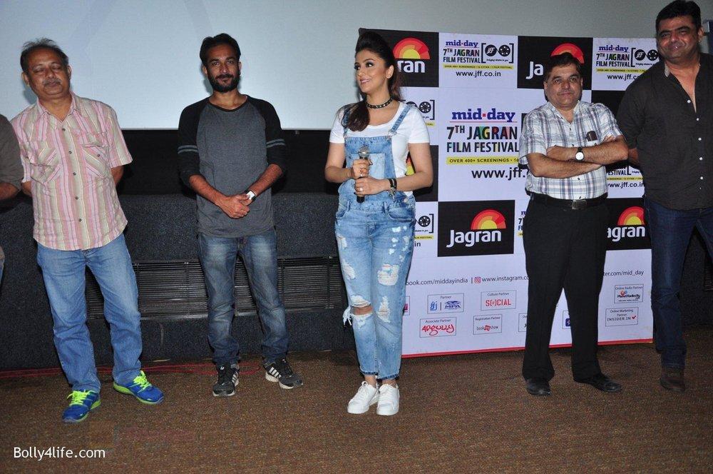 Aarti-Chhabria-at-Mumbai-Varanasi-screening-at-Jagran-film-fest-on-26th-Sept-2016-17.jpg