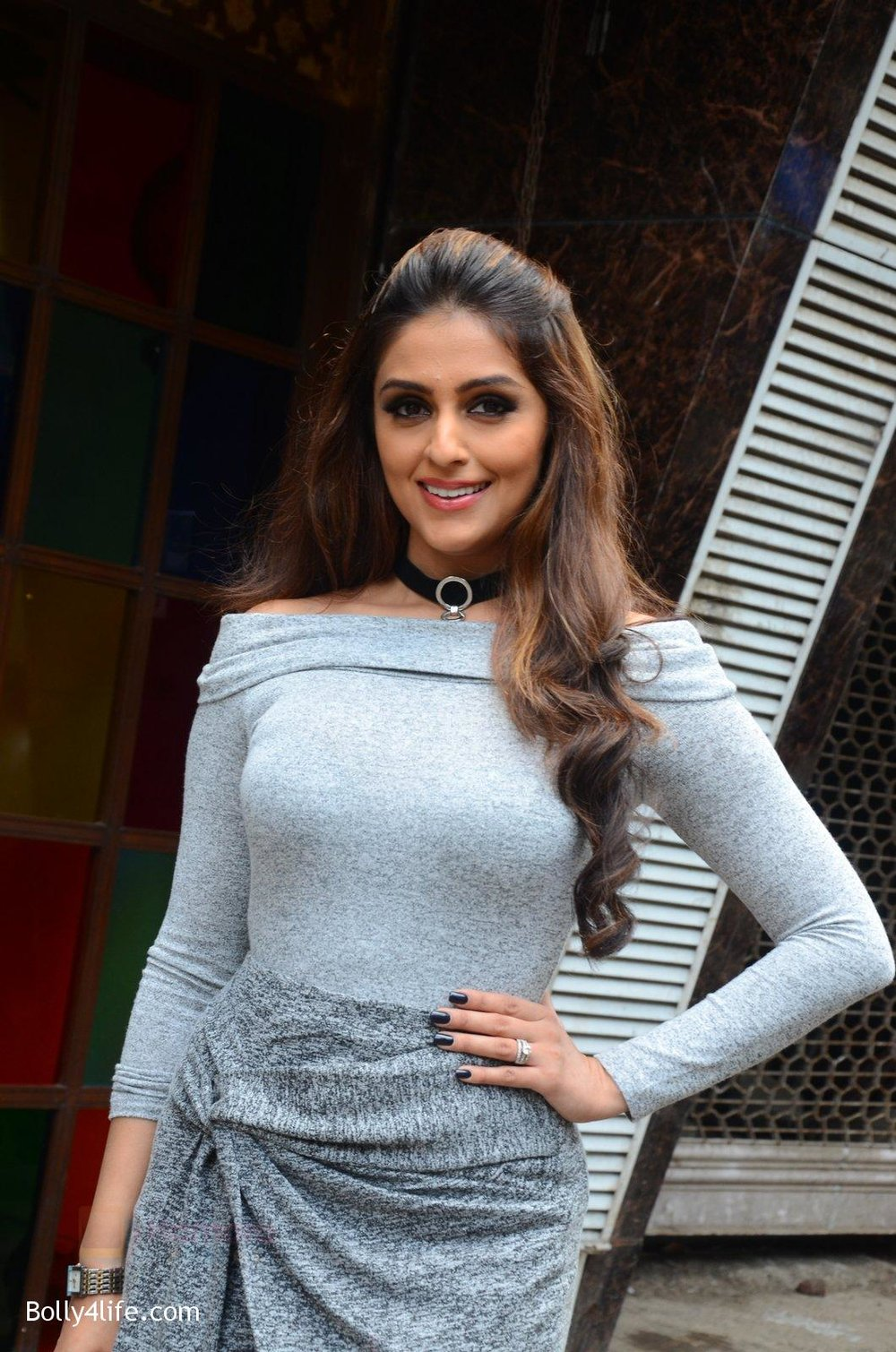 Aarti-Chhabria-at-Mumbai-Varanasi-express-trailer-launch-on-26th-Sept-2016-31.jpg
