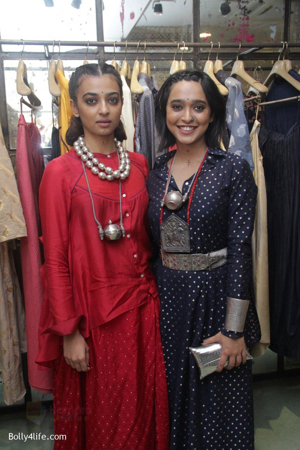 Radhika-Apte-Sayani-Gupta-unveil-Festive-Edit-of-new-Luxury-Pret-label-AMOH-by-Designers-Monica-Karishma-of-JADE-on-26th-Sept-2016-16.jpg
