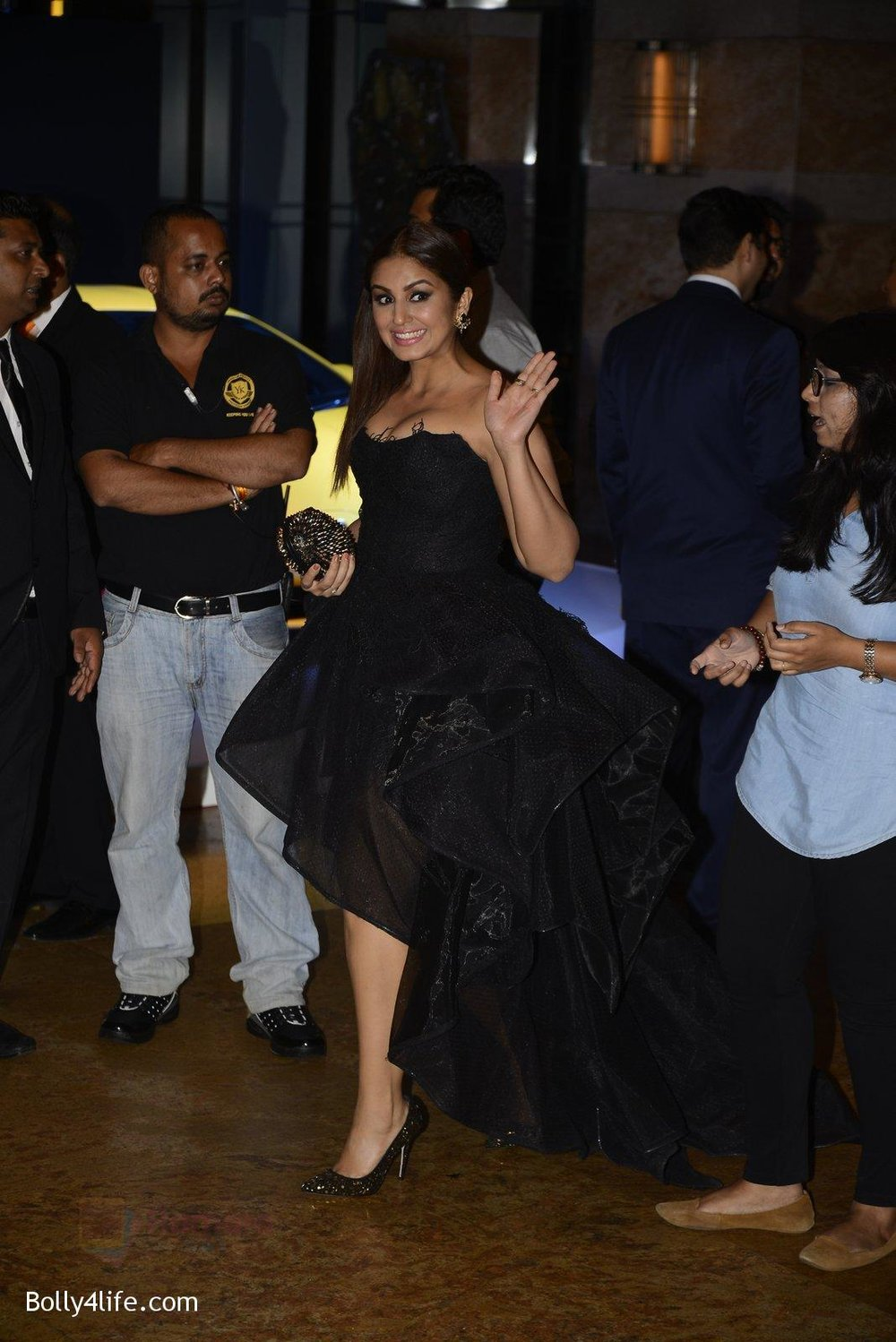 Huma-Qureshi-at-GQ-MEN-OF-THE-YEAR-on-27th-Sept-2016-1169.jpg