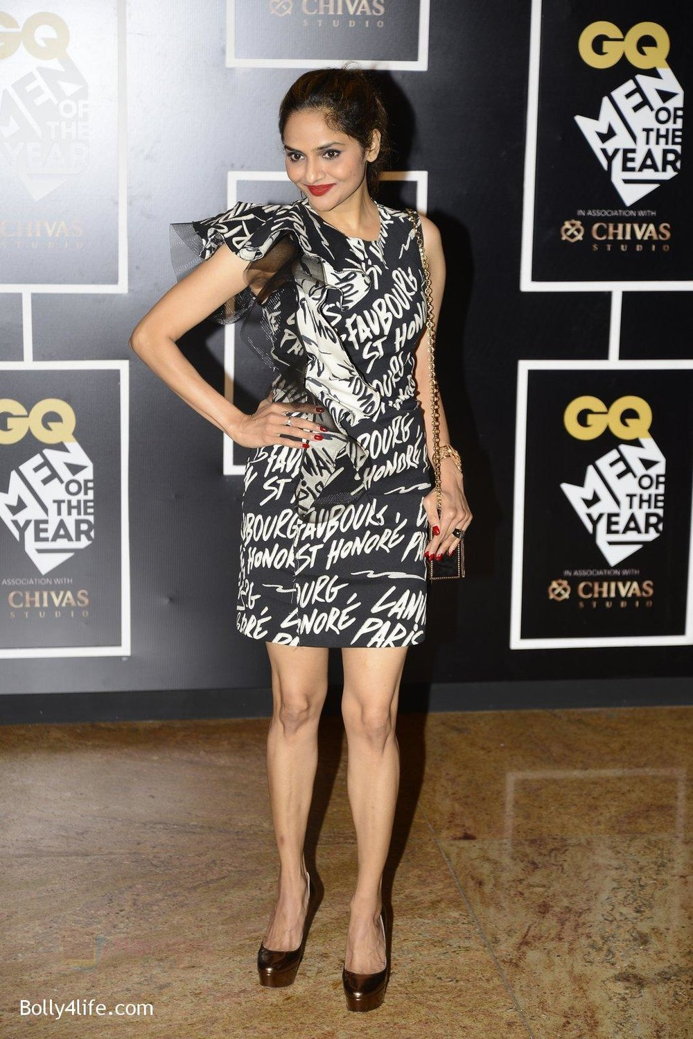 Madhoo-at-GQ-MEN-OF-THE-YEAR-on-27th-Sept-2016-1004.jpg