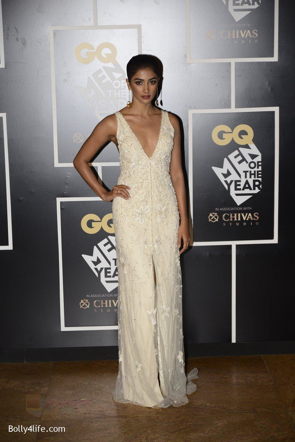 Pooja-Hegde-at-GQ-MEN-OF-THE-YEAR-on-27th-Sept-2016-1005.jpg